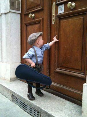 Lander_Consultancy_blog_boy_door